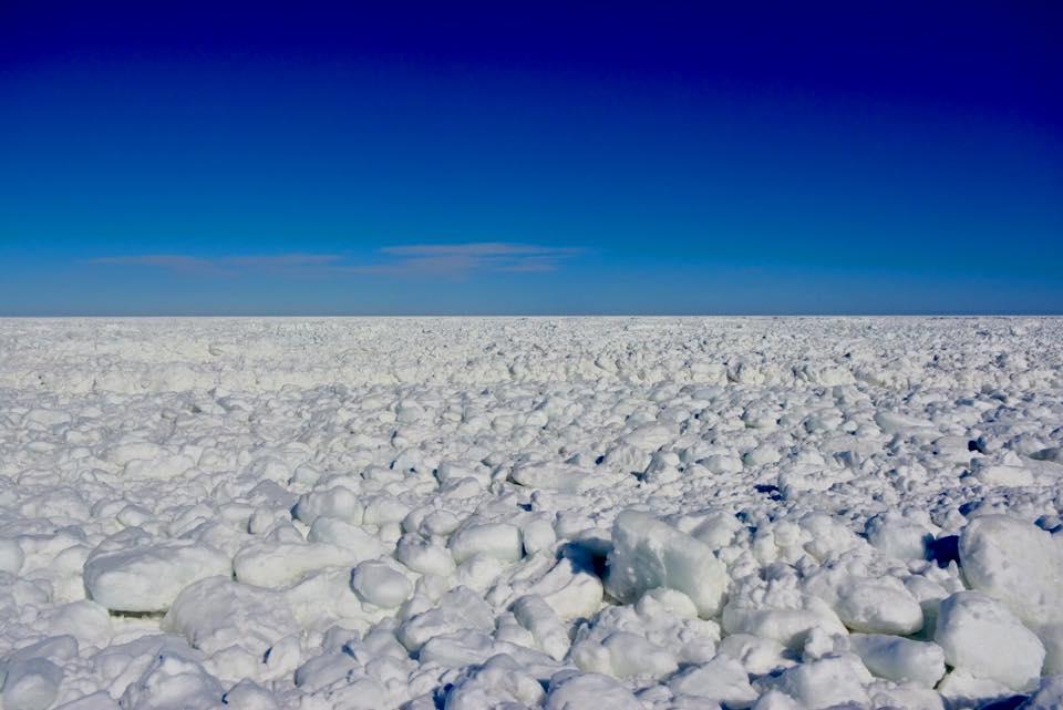 流氷のイメージが強いオホーツク海で、夏は海水浴を楽しめるのか?