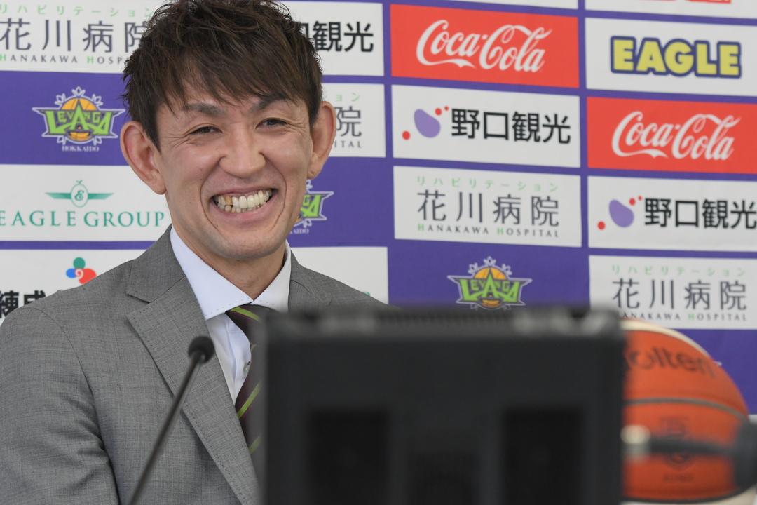 レバンガ北海道の折茂武彦選手が現役引退会見「北海道に感謝しかない」