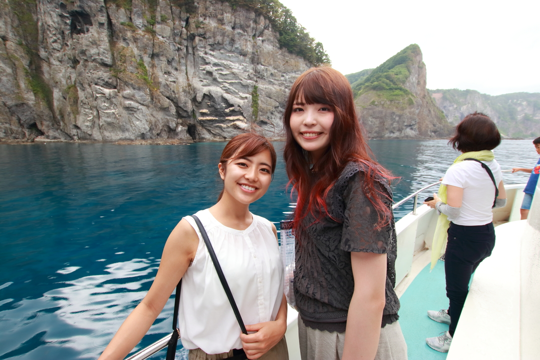 路線バスで積丹の海へ!積丹ブルーとウニ丼を楽しむ女子二人旅