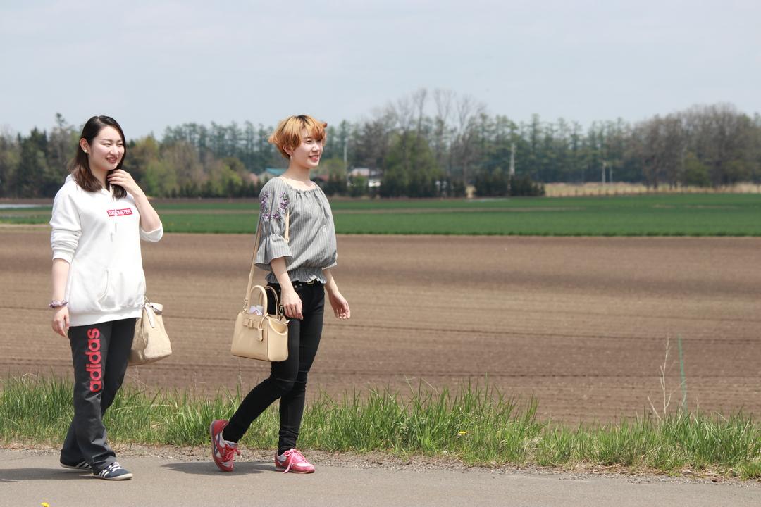 『なつぞら』の舞台 十勝をCha cha Girlsが路線バスで巡る!