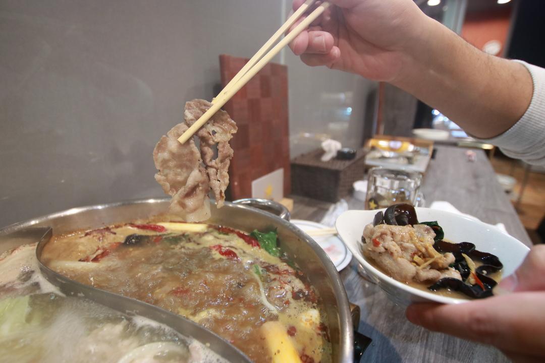 北海道初!本場中国しゃぶしゃぶのお店「蒸篭と火鍋の店ひなべや」