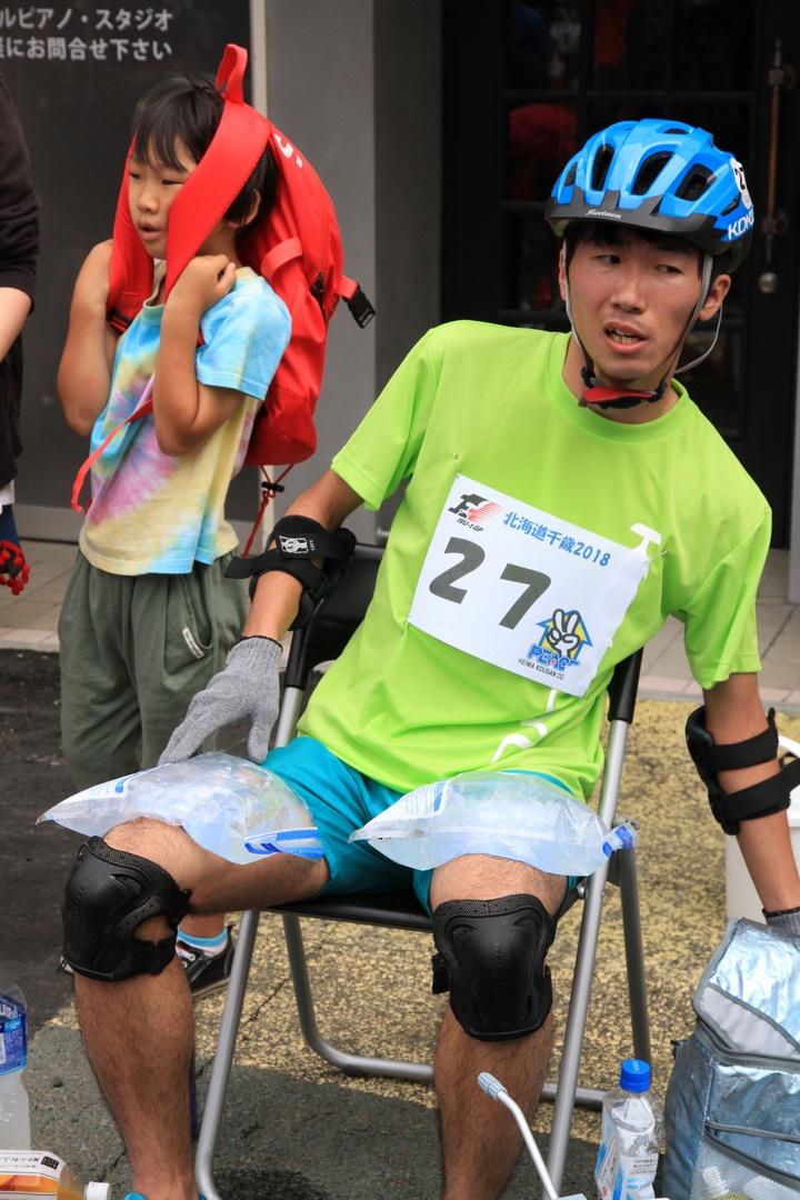 北海道最速の事務椅子ランナーを決定!いす-1GP北海道大会開催