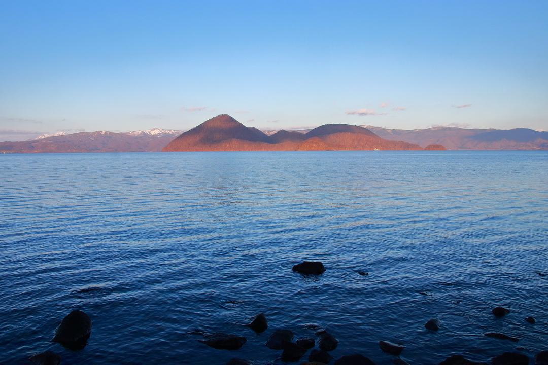 読み方は「ちんこじま」―洞爺湖畔に浮かぶ珍地名「珍小島」とは
