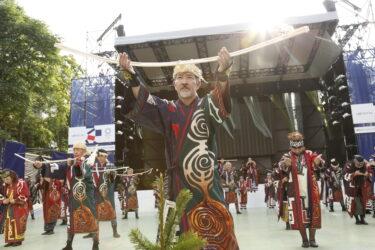 東京2020オリンピック札幌会場オープニングでアイヌ舞踊パフォーマンス披露