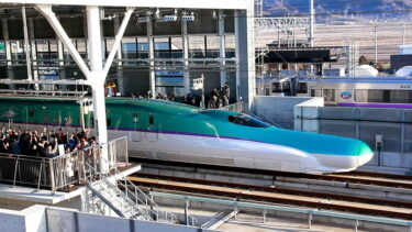 北海道新幹線開業!熱気に満ちた開業初日の一日を追った