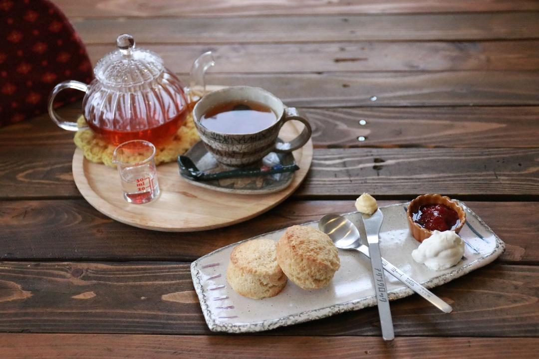 恵庭駅から1分!新たな交流生み出す紅茶の喫茶店「アグラクロック」