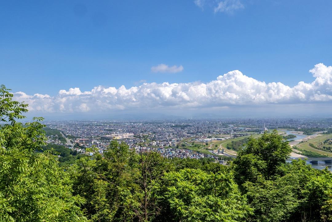 旭川を一望するなら嵐山展望台!そう呼ばれるようになった経緯とは
