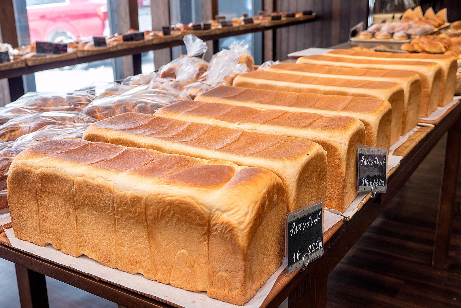 豊富町の人気店「ベーカリー夢工房」のパンが朝に売り切れる理由とは