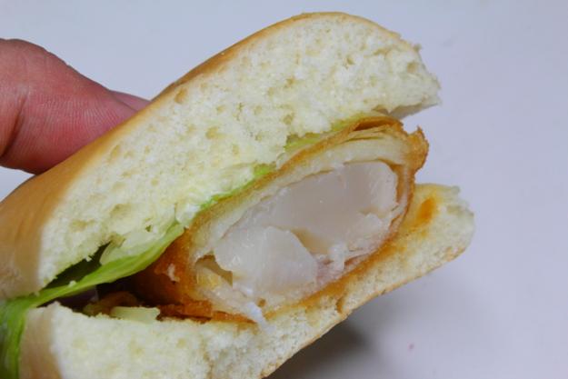 もはや最強バーガー! 日本一になった「別海ジャンボホタテバーガー」