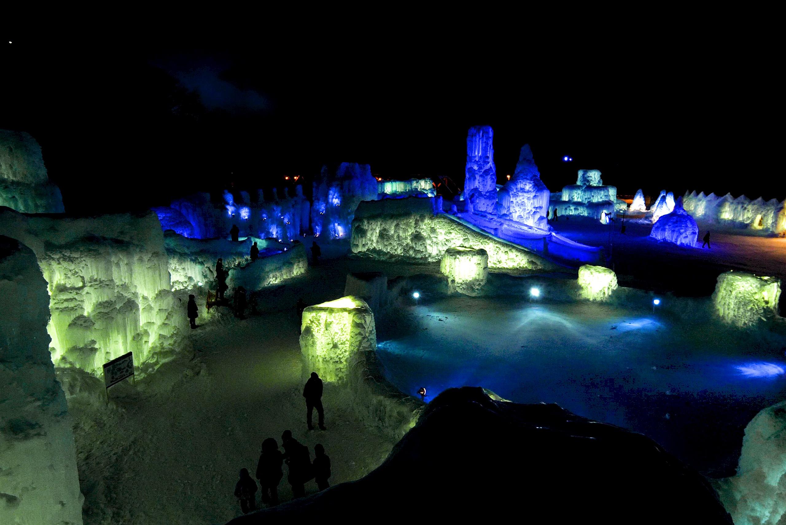 40回目の氷濤まつりはまだ終わらない!記念イベント「青の祭」開催中
