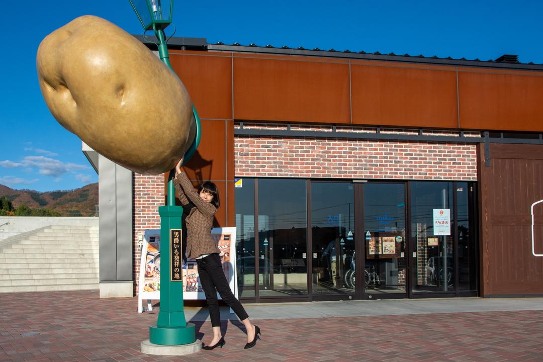 七飯町の道の駅の隣「ザ・男爵ラウンジ」には何があるの?楽しみ方は?