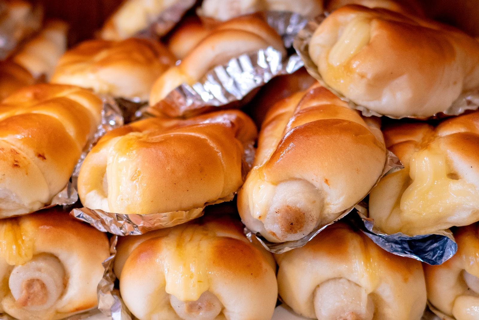 北海道名物「ちくわパン」その産みの親は札幌の「どんぐり」だった!?