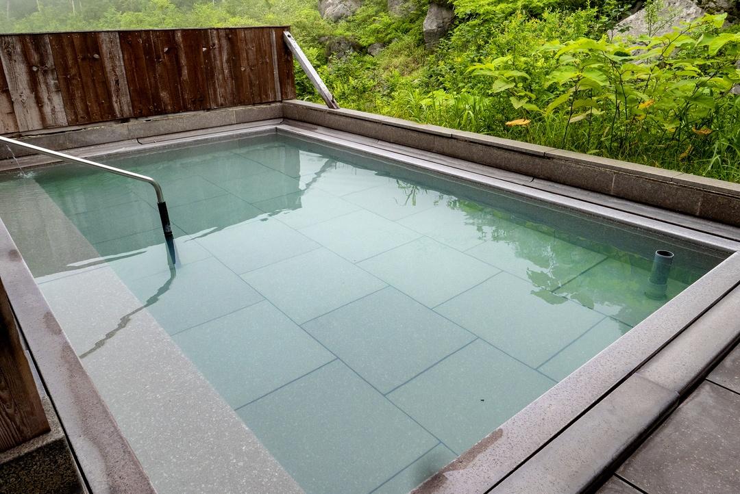 標高750mで大自然に囲まれて温泉に浸かる!ニセコ「五色温泉旅館」