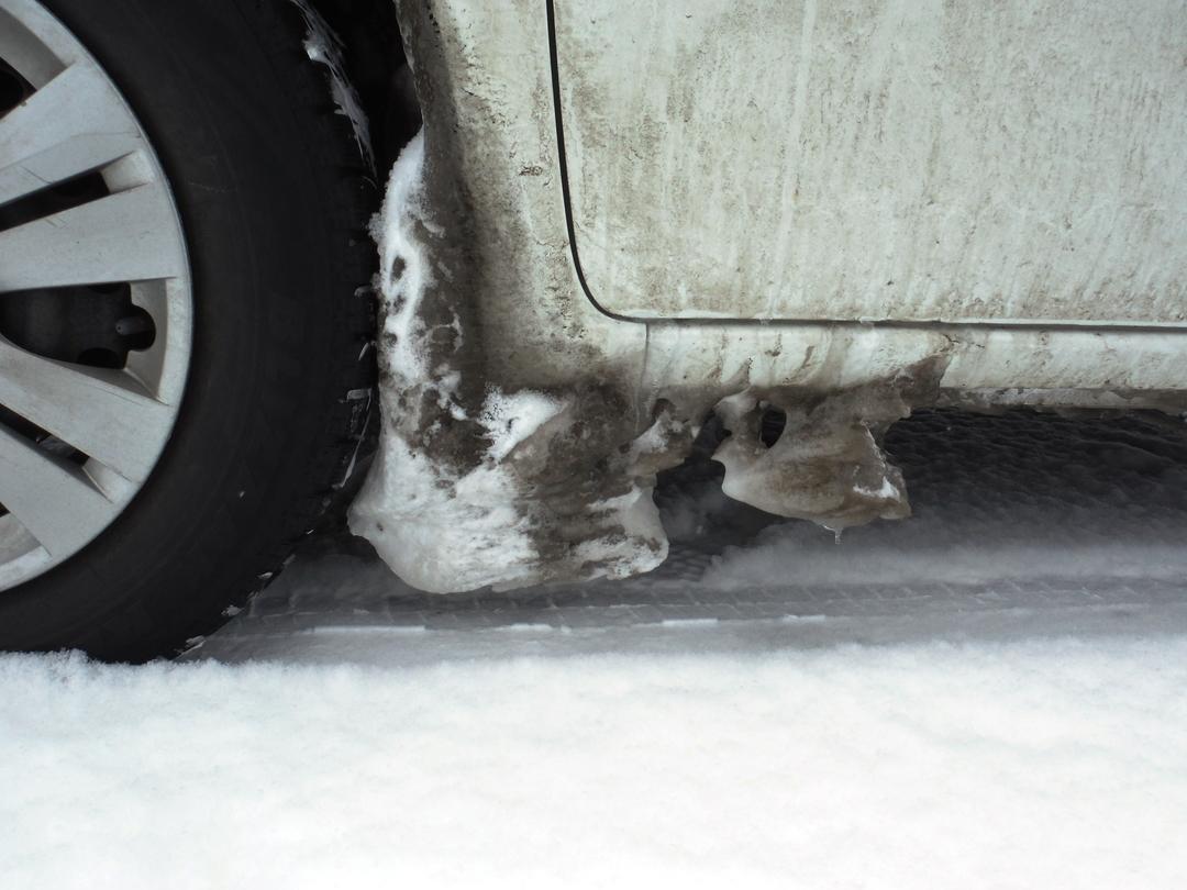 カー用品店に聞く!冬のドライブに備えておきたい9つのアイテムとは?