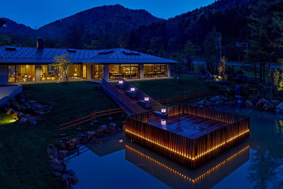 忙しい大人にこそ訪れてほしい。奥定山渓温泉「佳松御苑」オープン!