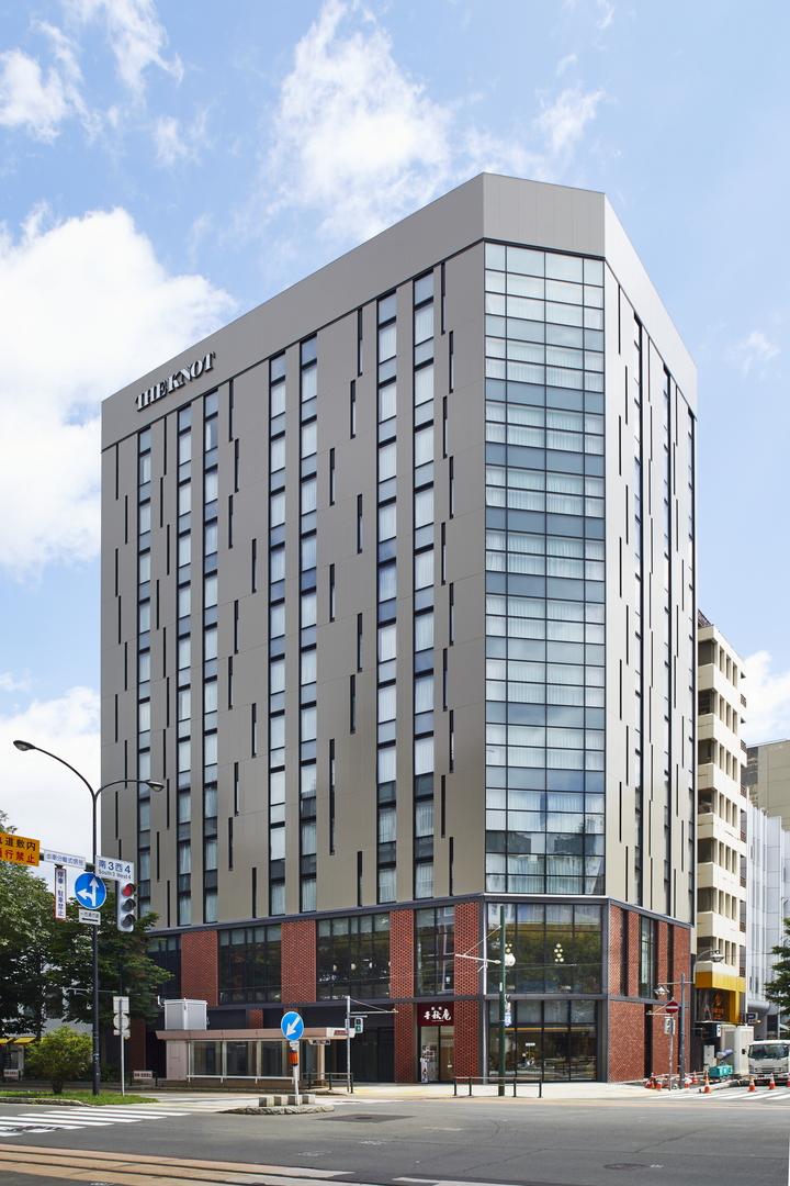 旧札幌千秋庵本店ビル跡地にホテル「THE KNOT SAPPORO」オープン!