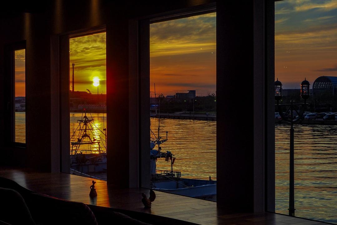 異国情緒あふれる雰囲気と夕日と夜景が楽しめる「釧路倶楽部」