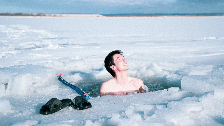凍った川が水風呂になる冬のアウトドアサウナ「十勝アヴァント」