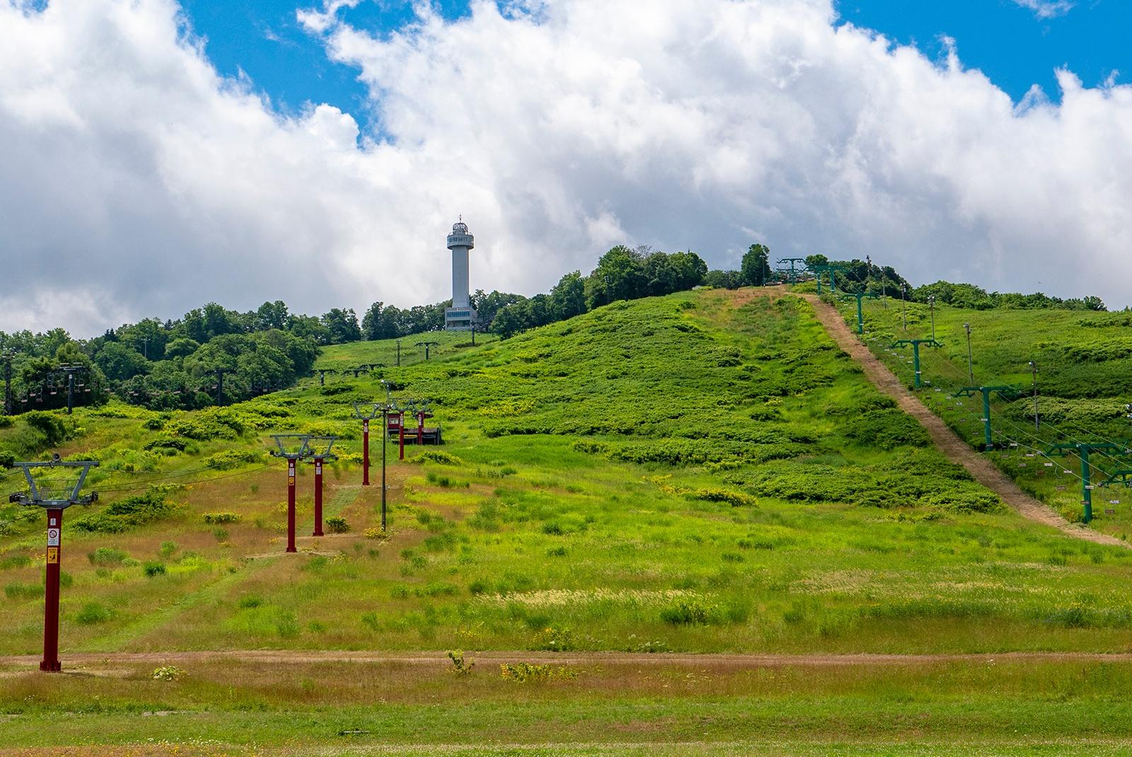 大雪山連峰や夜景が楽しめる!恋人の聖地「旭川ニコラス展望タワー」