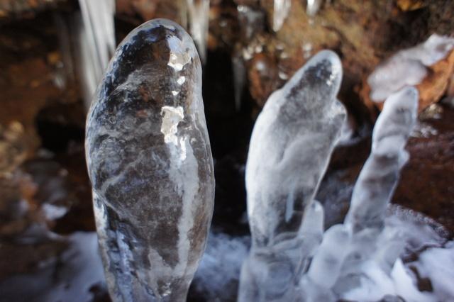 冬限定!「にょろにょろ」に会いに北海道三大氷筍スポットへ行こう!
