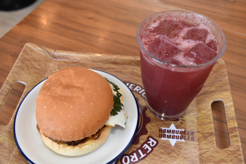 宝竜バーガーは健在!白老町の元ラーメン店「ホームキッチンカフェ宝竜」