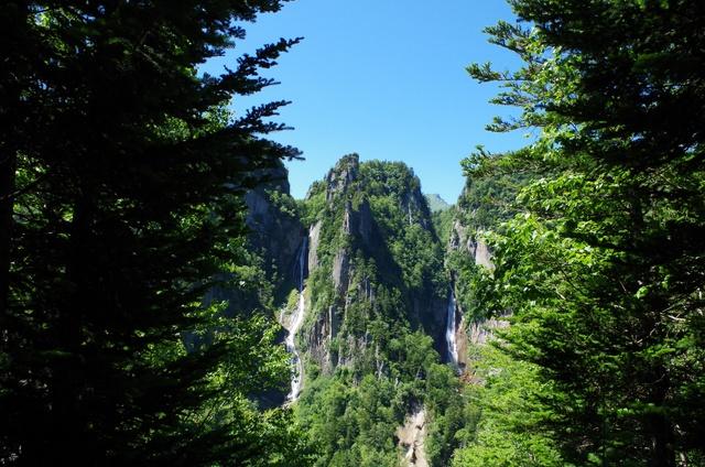 層雲峡「流星・銀河の滝」を同時に見たいなら「双瀑台」へ登るべし!