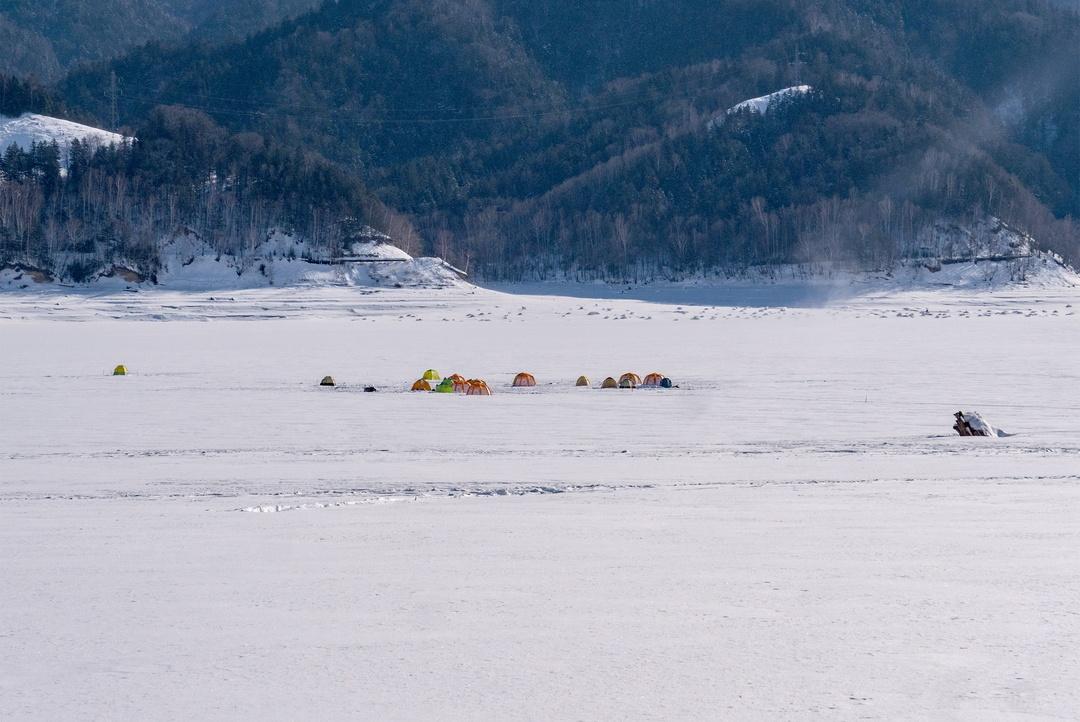 冬の糠平湖を体験!湖面をひたすら歩いてタウシュベツ川橋梁を目指そう