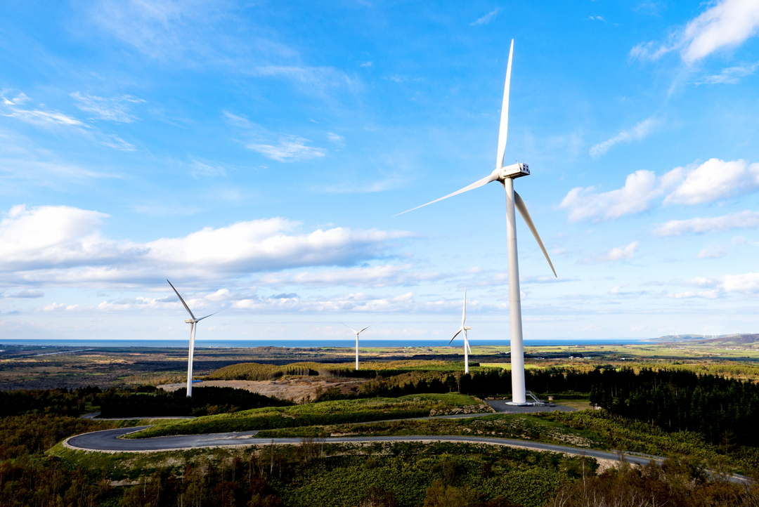 世界最大級の風車10基を建設完了!稚内で夢を実現させた一企業の物語