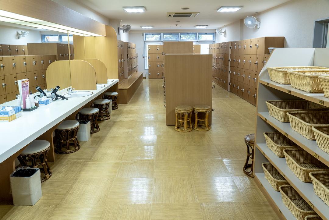 お湯はなんとコーヒー色!由仁町の個性的な温泉施設「ユンニの湯」